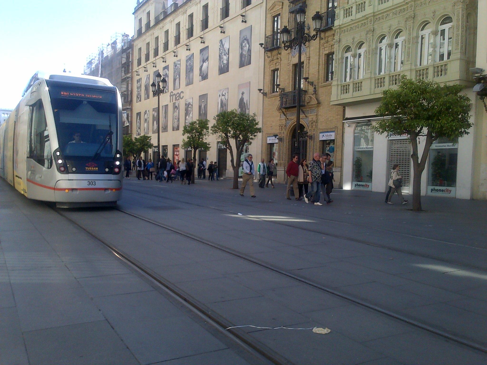 Av. Constitución sin coches. Sevilla y el cambio climático.
