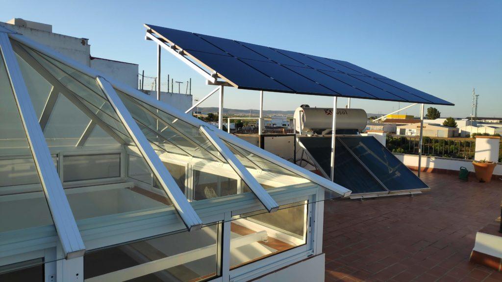 Foto de la instalación fotovoltaica de autocuonsumo ya finalizada